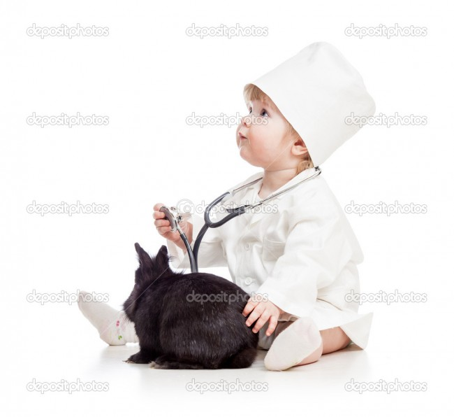 depositphotos_35655315-Baby-playing-doctor-with-pet-bunny